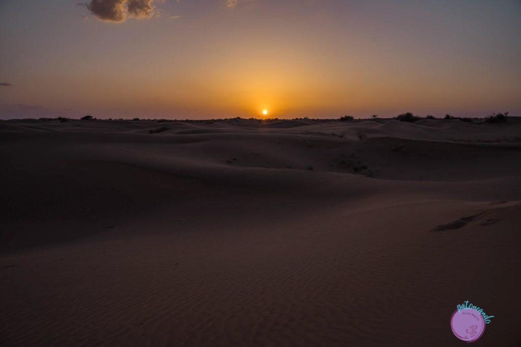 itinerario por el norte de India - atardecer en desierto Thar en Jaisalmer - Patoneando blog de viajes