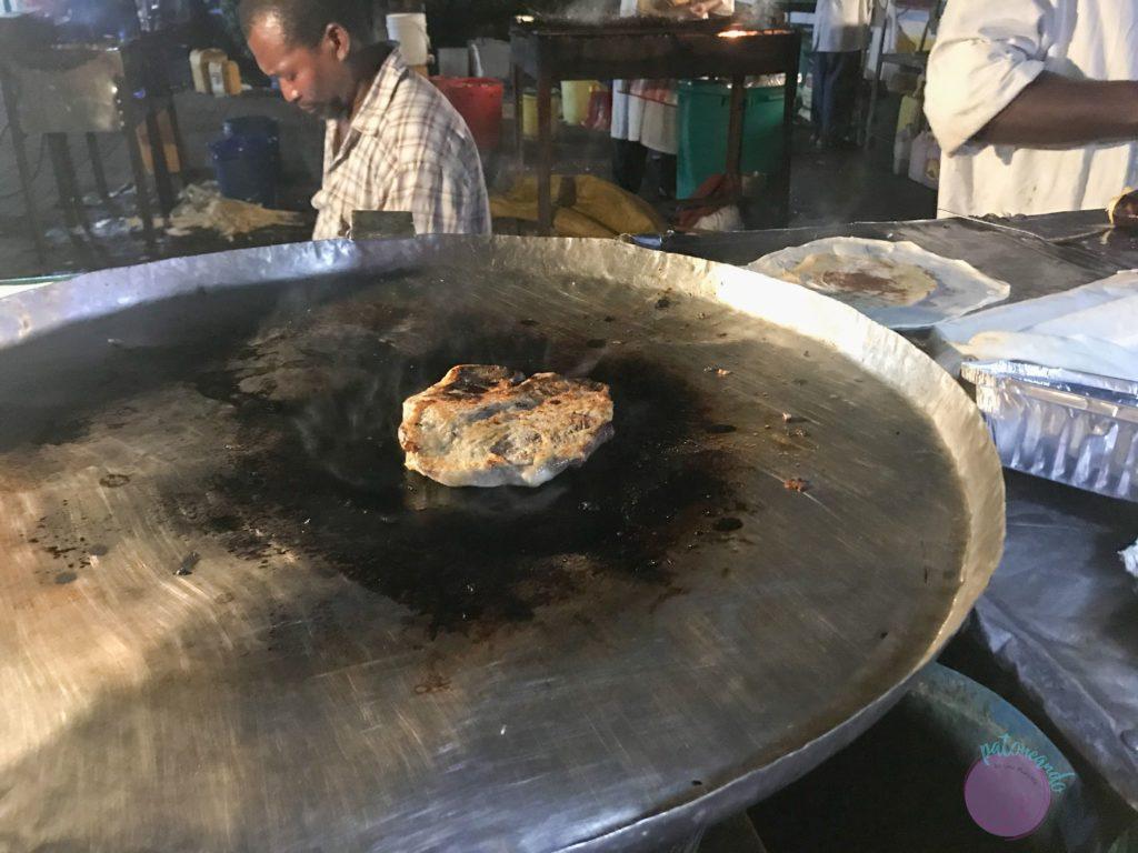 Consejos para viajar a Zanzibar - pizza de Zanzibar en Stone Town - Patoneando blog de viajes