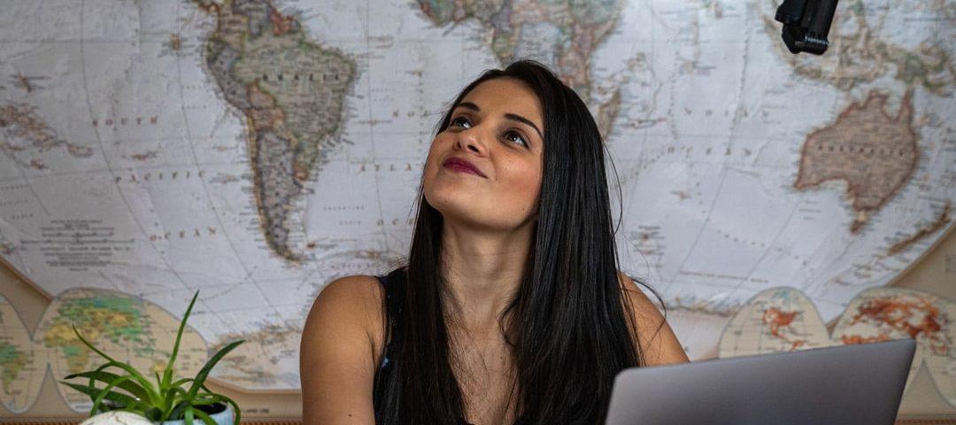 Qué es un nómada digital - Lina Maestre de Patoneando blog de viajes