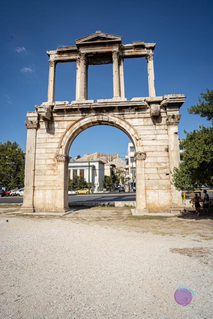 Qué hacer en tres días en Atenas - Puerta de Adriano - Patoneando blog de viajes