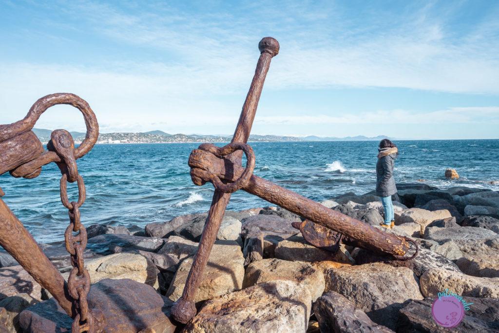 Qué ver en la costa Azul de Francia - anclas en el mar de Saint-Tropez -la Riviera francesa - Patoneando Blog de viajes