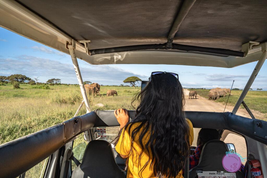 Lina Maestre en safari en Kenia - Patoneando blog de viajes - Guia para viajar a Kenia